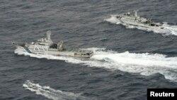 Hình minh họa - Tàu tuần duyên Trung Quốc đang cố tiếp cận một tàu đánh cá của Nhật Bản.