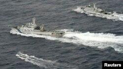 Tàu Trung Quốc và Nhật Bản 'vờn' nhau ở biển Hoa Đông.