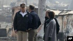 El presidenteTrumppartiópor la mañana a California para evaluar los daños del peor incendio forestal del que se tiene registro en el estado.