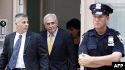 Прокурор по делу Стросс-Кана отказался взять самоотвод