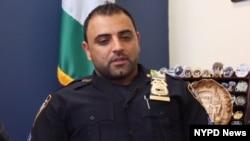 حمید آرمانی از ده سال به اینسو در ادارۀ پولیس شهر نیویارک کار می کند