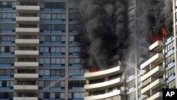 El fuego en el edificio Marco Polo comenzó en el nivel 26 y se propagó al menos al nivel 27 y a otras unidades.