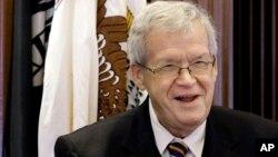 Бывший спикер Палаты представителей Конгресса США республиканец Деннис Хэстерт