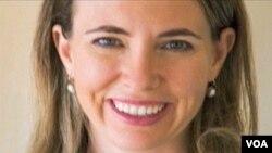 Anggota Kongres AS dari negara bagian Arizona, Gabrielle Giffords, yang ditembak di kepala akhir pekan lalu di Tucson (foto: dok).
