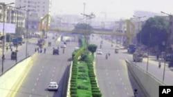 کراچی میں کرفیو پر غور
