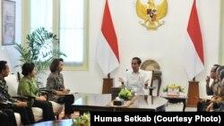 Presiden Jokowi bertemu dengan Pansel Pimpinan KPK (courtesy: Humas Setkab)