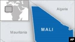 La République du Mali a eu cinquante ans le 22 septembre.
