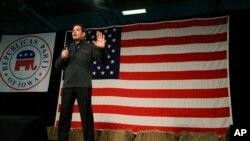 Ứng cử viên Đảng Cộng hòa, Thượng nghị sĩ Marco Rubio, phát biểu trong một chuyến đi vận động tranh cử ở thành phố Des Moines, Iowa, ngày 31 tháng 10, 2015.