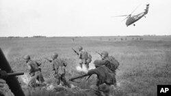 Cuộc chiến Việt Nam làm thiệt mạng khoảng 3 triệu người Việt Nam và hơn 58 nghìn công dân Mỹ.
