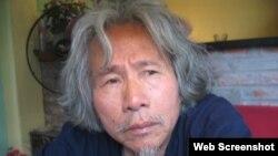 Nhà thơ Bùi Minh Quốc (Ảnh: Hợp Âm Việt)