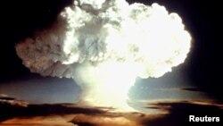 هشت کشور پیمان منع آزمایشهای هستهای را امضا نکرده اند.