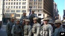 Des soldats américains lors du défilé du Veteran's Day à New York