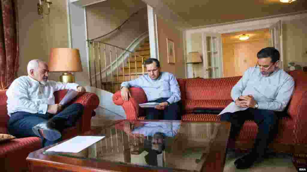 عکس منتشر شده از مذاکره کنندگان ارشد ایران در هتل کوبورگ وین توسط خبرگزاری های ایران