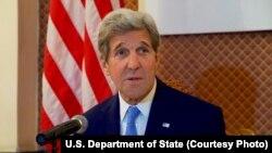 ລັດຖະມົນຕີການຕ່າງປະເທດ ສະຫະລັດ ທ່ານ John Kerry ກ່າວໃນກອງປະຊຸມຖະແຫຼງຂ່າວ ຈັດຂຶ້ນທີ່ກະຊວງການຕ່າງປະເທດ ໃນນະຄອນຫຼວງ Ulaanbataar, ປະເທດ ມົງໂກເລຍ, 5 ມິຖຸນາ, 2016.