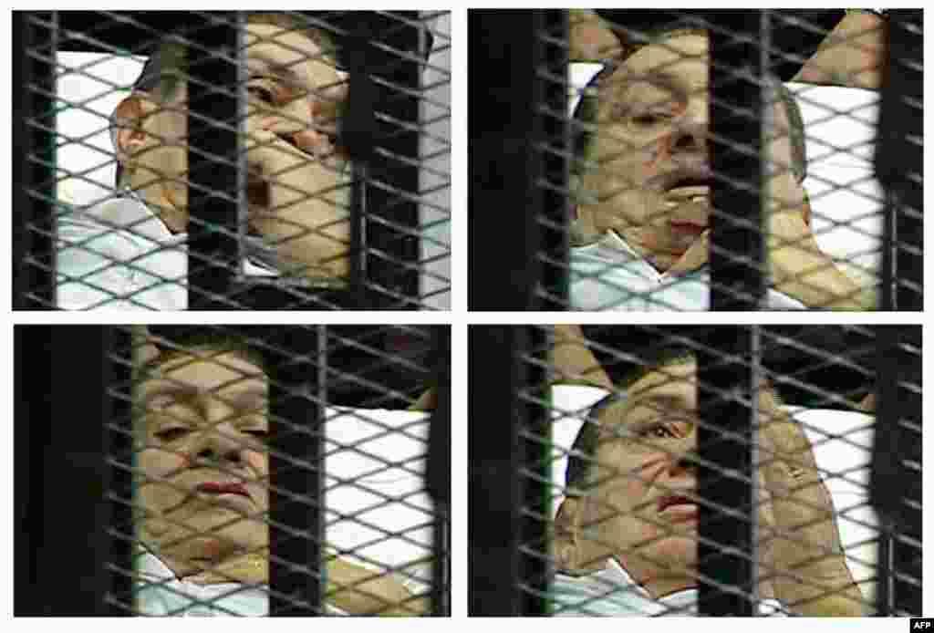 3 tháng 8: Hình ảnh kết hợp từ đài truyền hình nhà nước Ai Cập liên quan đến cựu Tổng thống Hosni Mubarak nằm trên giường bệnh, bên trong một lồng sắt trong lúc tòa xử ông về tội tham nhũng và ra lệnh giết người biểu tình. (AP Photo/Egyptian State TV)