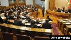 Crnogorski premijer Milo Đukanović odgovara na poslanička pitanja u Skupštini Crne Gore