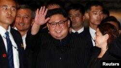 Северокорейский лидер Ким Чен Ын посетил гостиничный комплекс The Marina Bay Sands в Сингапуре. 11 июня 2018 г.