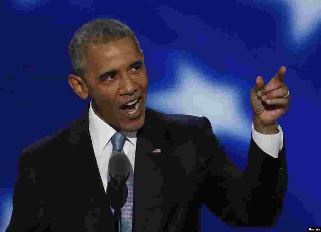 US President Barack Obama Demokrat partiyasının qurultayında çıxış edir