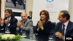 """Canpo asegura haber advertido la necesidad de comprometerse con """"los objetivos del gobierno nacional y popular""""."""