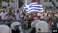 FMN, BE shtrojnë presionin ndaj Greqisë për masa shtrënguese