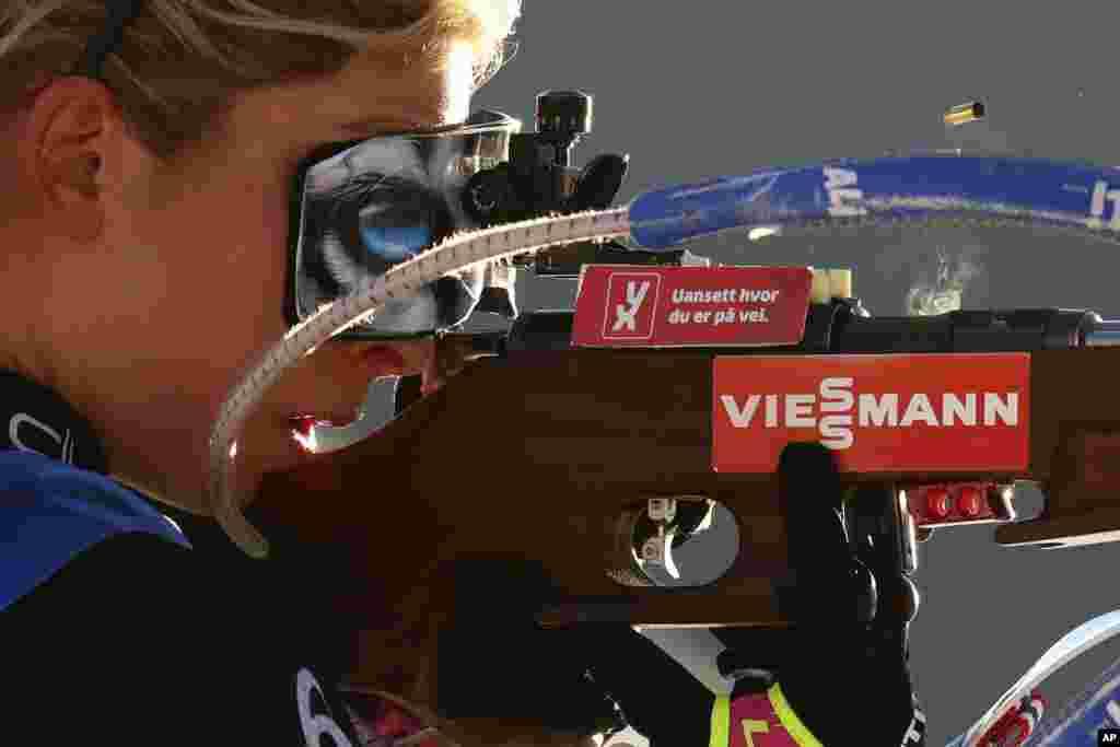 Ingrid Landmark Tandrevold of Norway shoots during the women's 10 km pursuit race at the Biathlon World Cup in Hochfilzen, Austria, Dec.19, 2020.
