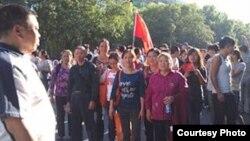 成都访民李昭秀等在京参加9.18反日游行示威(天网授权)