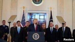 美國總統特朗普在白宮就伊朗問題發表講話,1月8日 (路透社照片)