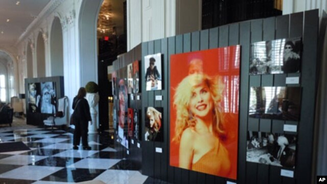 Photographer Mick Rock's iconic images of rock stars are on exhibit at the W Hotel in Washington, DC.