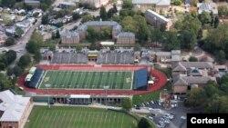 El College of William and Mary esta situado en la histórica ciudad de Williamsburg, en el sur del estado de Virginia.
