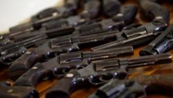 Debate sobre porte de armas no Brasil divide opiniões