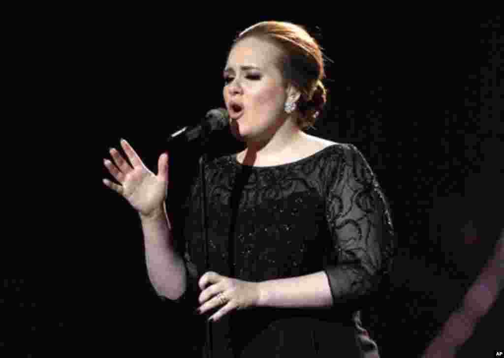 Adele, sur scène à Londres (archives)