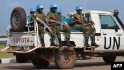 지난달 12일 남수단 유엔 평화유지군이 수도 주바의 공항에서 경계 근무를 서고 있다. (자료사진)