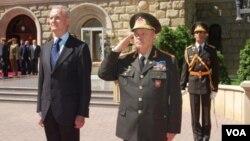 Azərbaycan müdafiə naziri Səfər Əbiyev və İspaniyanın müdafiə naziri Pedro Morenes Alvaro de Eulate
