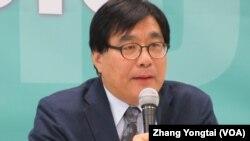 台灣關懷中國人權聯盟創會理事長楊憲宏(美國之音張永泰拍攝)