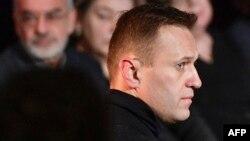 Алексей Навальный на похоронах российской правозащитницы Людмилы Алексеевой, Москва, 11 декабря 2018 года