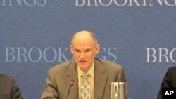 美国国土安全局网络策略部主任布鲁斯.麦康奈尔