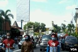 Mahasiswa Papua menggelar demo di Yogyakarta menolak tim bentukan Menko Polhukam1 (Foto: VOA/Nurhadi)