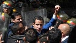 Un député rival de Guaido s'autoproclame président du Parlement vénézuélien
