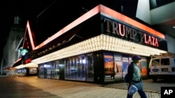 Luces quemadas en el local abandonado del Trump Plaza Hotel & Casino en Atlantic City.