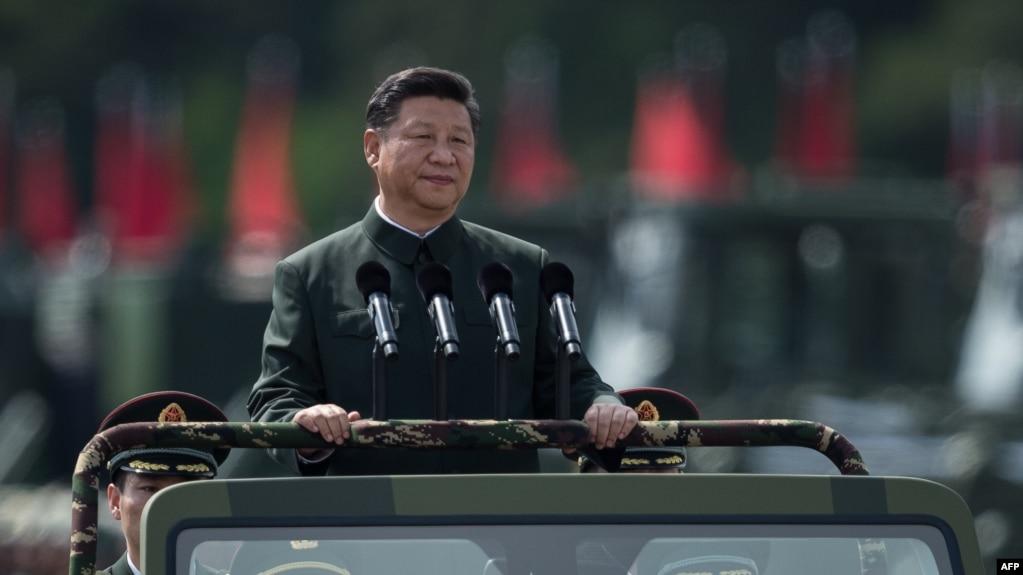 中國國家主席習近平2017年6月30日檢閱駐港部隊