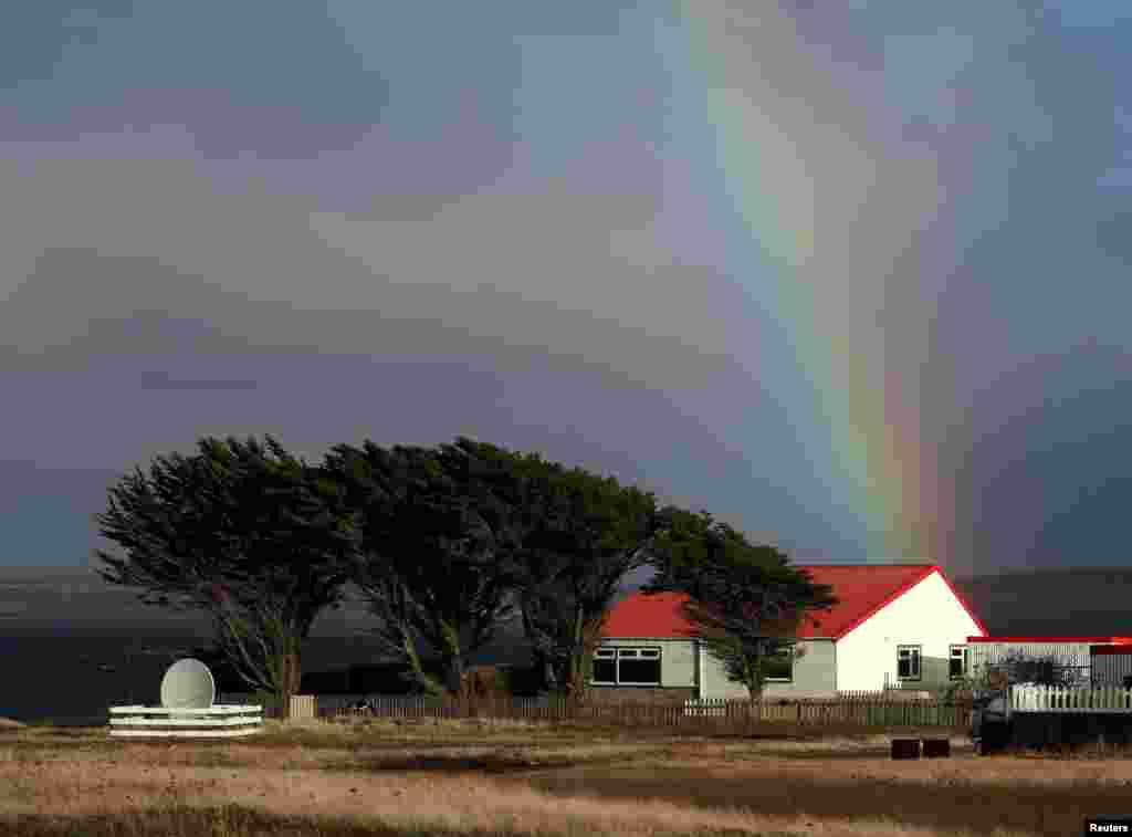 نمایان شدن رنگین کمان در آسمان جزایر فالکلند