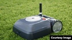 Robot pemotong rumput buatan Roomba atau iRobot (Foto: courtesy).
