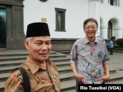Ketua FKUB Jawa Barat yang juga Sekretaris Umum MUI Jawa Barat Rafani Akhyar mengatakan anggaran 500 juta akan diarahkan ke seminar dan pelatihan bagi masyarakat akar rumput. (Foto: VOA/Rio Tuasikal)
