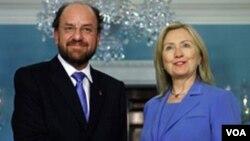 Clinton y Moreno hablaron sobre cómo mejorar la lucha bilateral contra el crimen en la región.