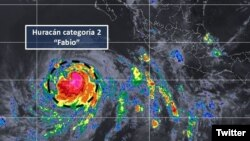 Imagen del huracán Fabio cuando subió a categoría 2 frente a la costa mexicana en el océano Pacífico. Se anticipe que aumente a categoría 3 el martes por la noche. Cortesía CONAGUA.