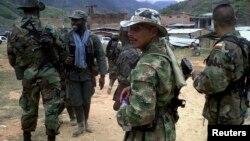De los 13 rebeldes muertos, ocho corresponden al ELN y cinco a las FARC.