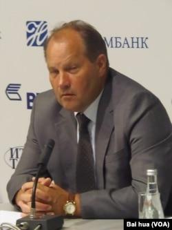 俄罗斯与外国军事技术合作局副局长彼留林。(美国之音白桦拍摄)