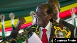 Rais Mugabe akihutubia maelfu ya wafuasi siku ya kuzalkiwa kwake