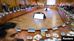 Konferensi membahas situasi pengungsi Suriah di Berlin, Selasa (28/10).
