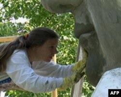 总统公园维修技术员茱莉. 施特姆勒